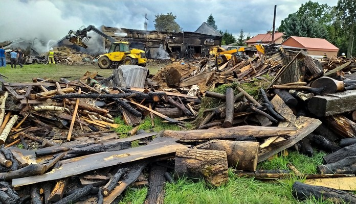 Tchórzew-Plewki - spłonęła stolarnia - Zdjęcie główne