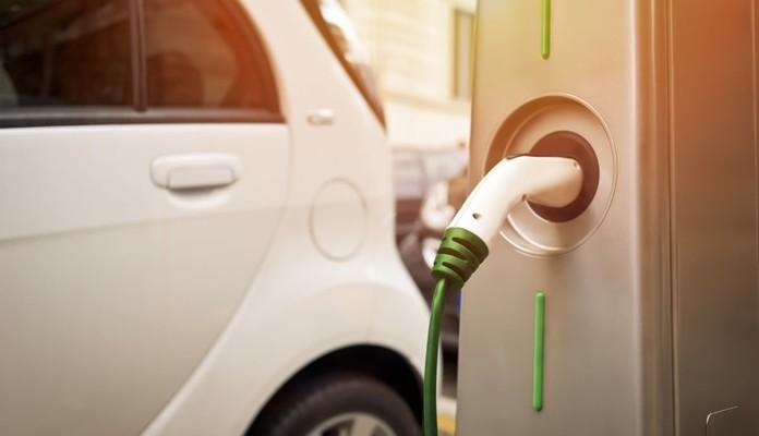 Wypożyczysz i doładujesz w Siedlcach auto elektryczne - Zdjęcie główne