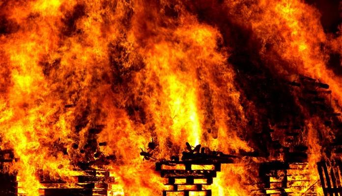 Kisielany: śmierć w płomieniach - Zdjęcie główne