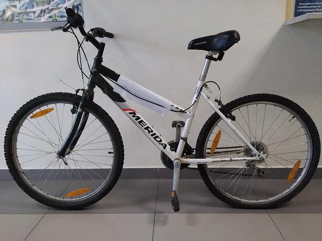 Rower sportowy odbierzesz z komendy - Zdjęcie główne