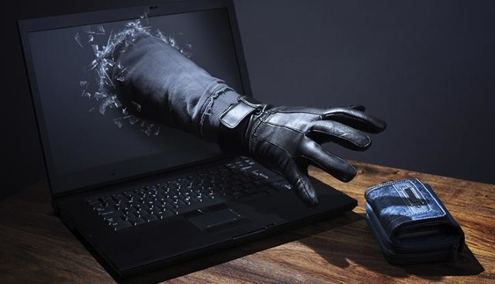 Padł ofiarą oszustwa internetowego - Zdjęcie główne