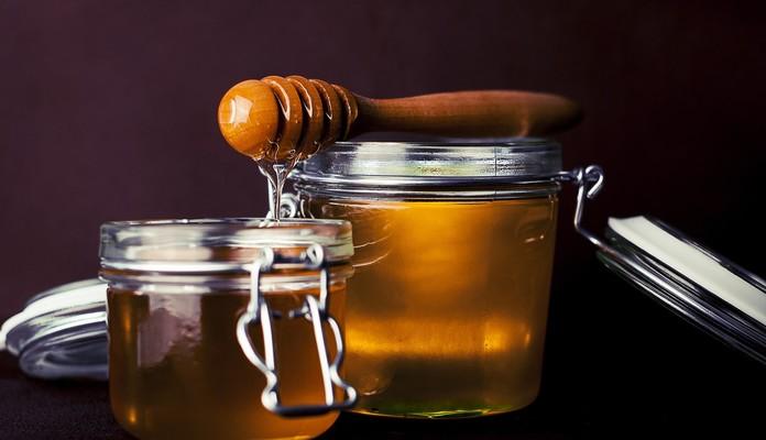 Przyjdź po miód, porozmawiaj z pszczelarzami - Zdjęcie główne