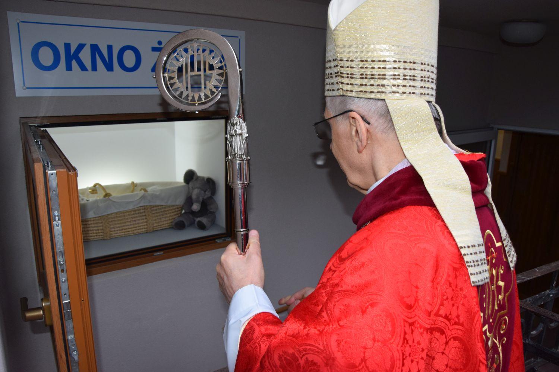 Biskup poświęcił okno życia w Łęcznej (ZDJĘCIA) - Zdjęcie główne