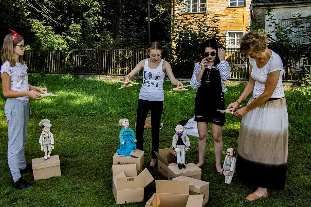 Takie lalki powstają w Milejowie! (DUŻO ZDJĘĆ) - Zdjęcie główne