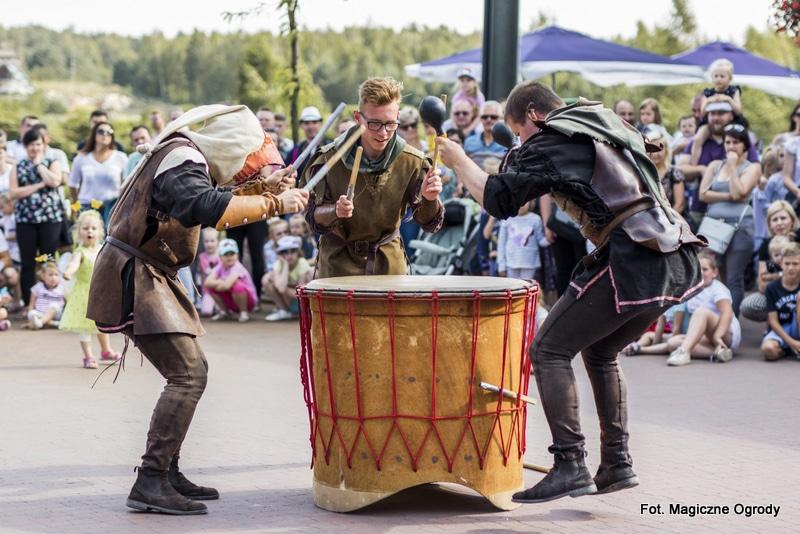 Święto bębniarzy w Magicznych Ogrodach  - Zdjęcie główne