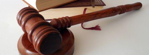 Koronawirus sparaliżował sądy w regionie - Zdjęcie główne