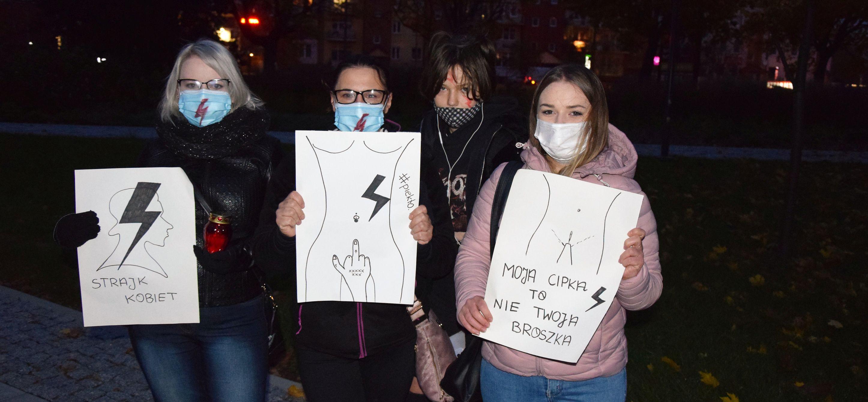 Czarny Marsz w Łęcznej (ZDJĘCIA, WIDEO) - Zdjęcie główne