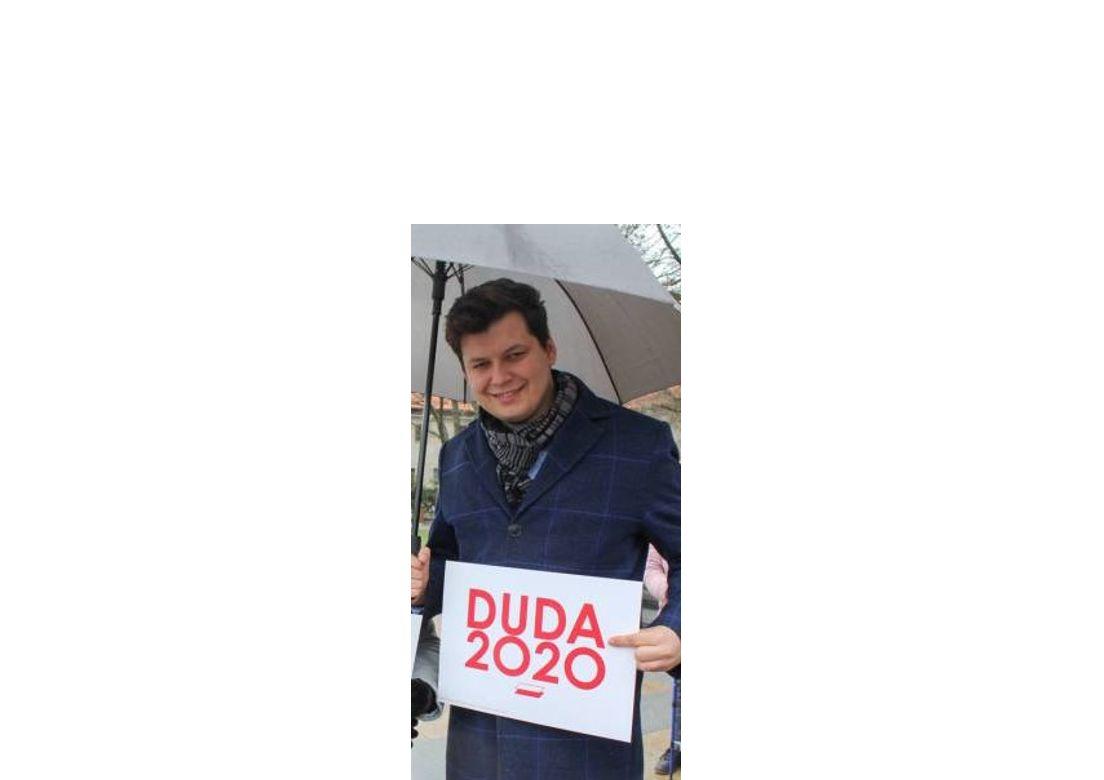 To działacz młodzieżówki PiS stoi za umową z fundacją syna starosty łęczyńskiego - Zdjęcie główne