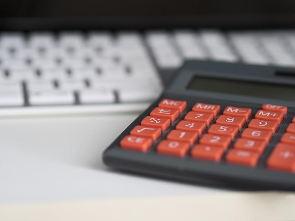 Zwrot prowizji bankowej od spłaconego przed czasem kredytu konsumenckiego. Jak go uzyskać? - Zdjęcie główne